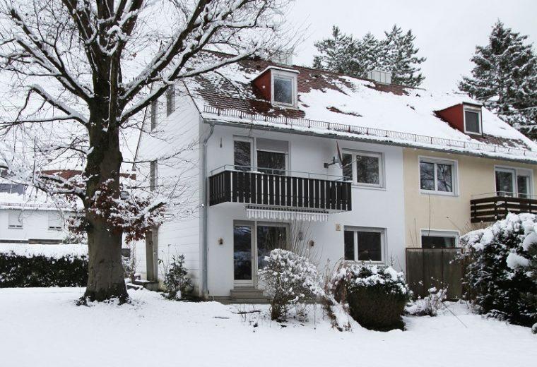 Renovierte Doppelhaushälfte in ruhiger Lage in Landshut-West