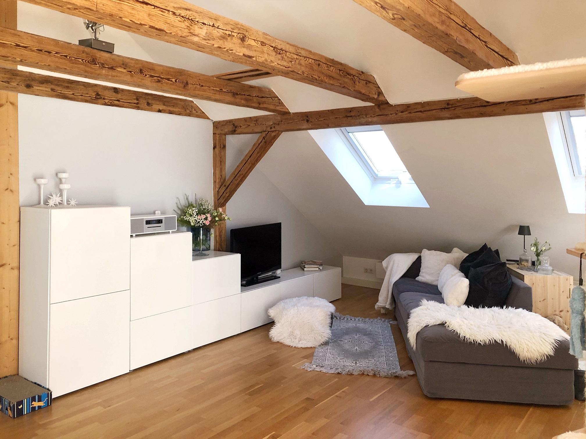 Stilvolle 2-Zimmer-Wohnung mit Balkon, TG-Stellplatz, Altstadtnähe